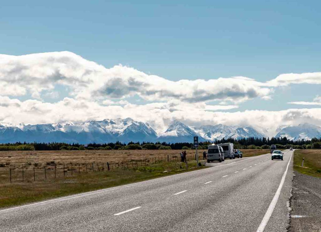 Road and mountains in New Zealand